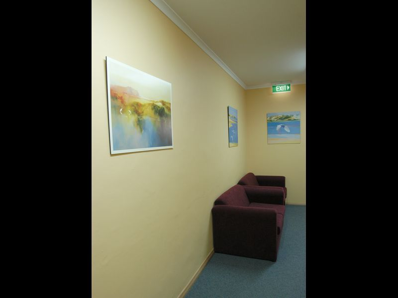 SMALL PROFESSIONAL CONSULTING ROOMS