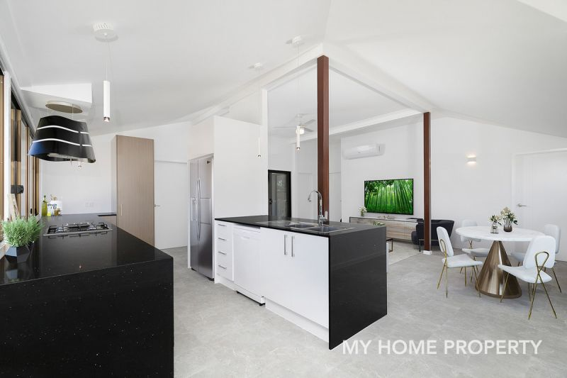 NEWLY RENOVATED QUEENSLANDER