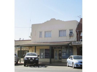 Business space plus 2 bedroom residence