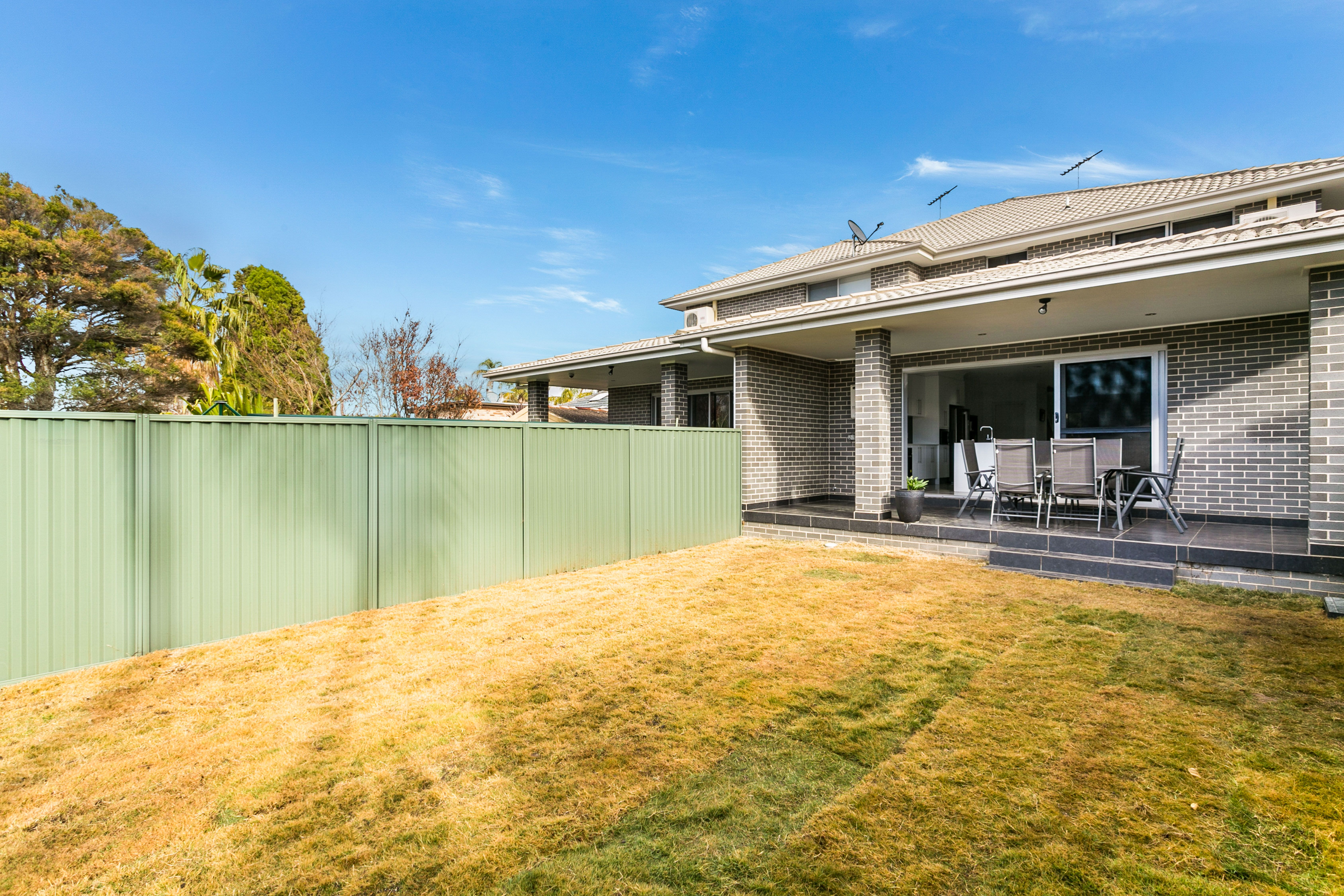 5 Eileen Street, Picnic Point NSW 2213