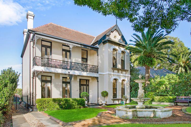 10 Clifton Avenue, Burwood NSW 2134