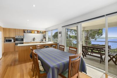 SIMPLY EASY LIVING IN BLUE CHIP LOCALE!