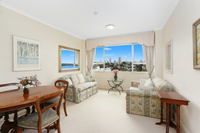 Immaculate Apartment With Panoramic Harbour Views