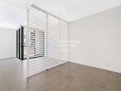 Don't Miss Out! - Studio in Harold Park