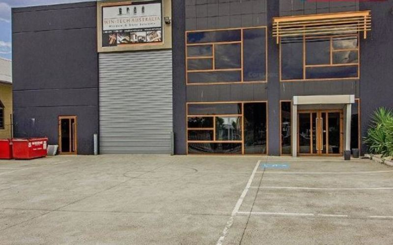 Huge Warehouse 1200sqm for Lease Coolaroo