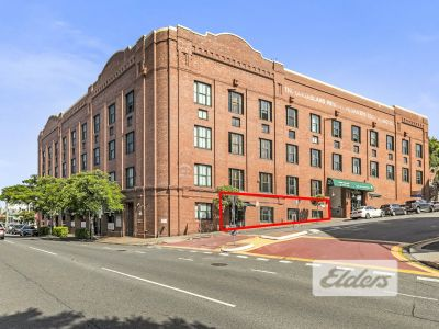 RARE COMMERCIAL ROAD WOOLSTORE OPPORTUNITY!