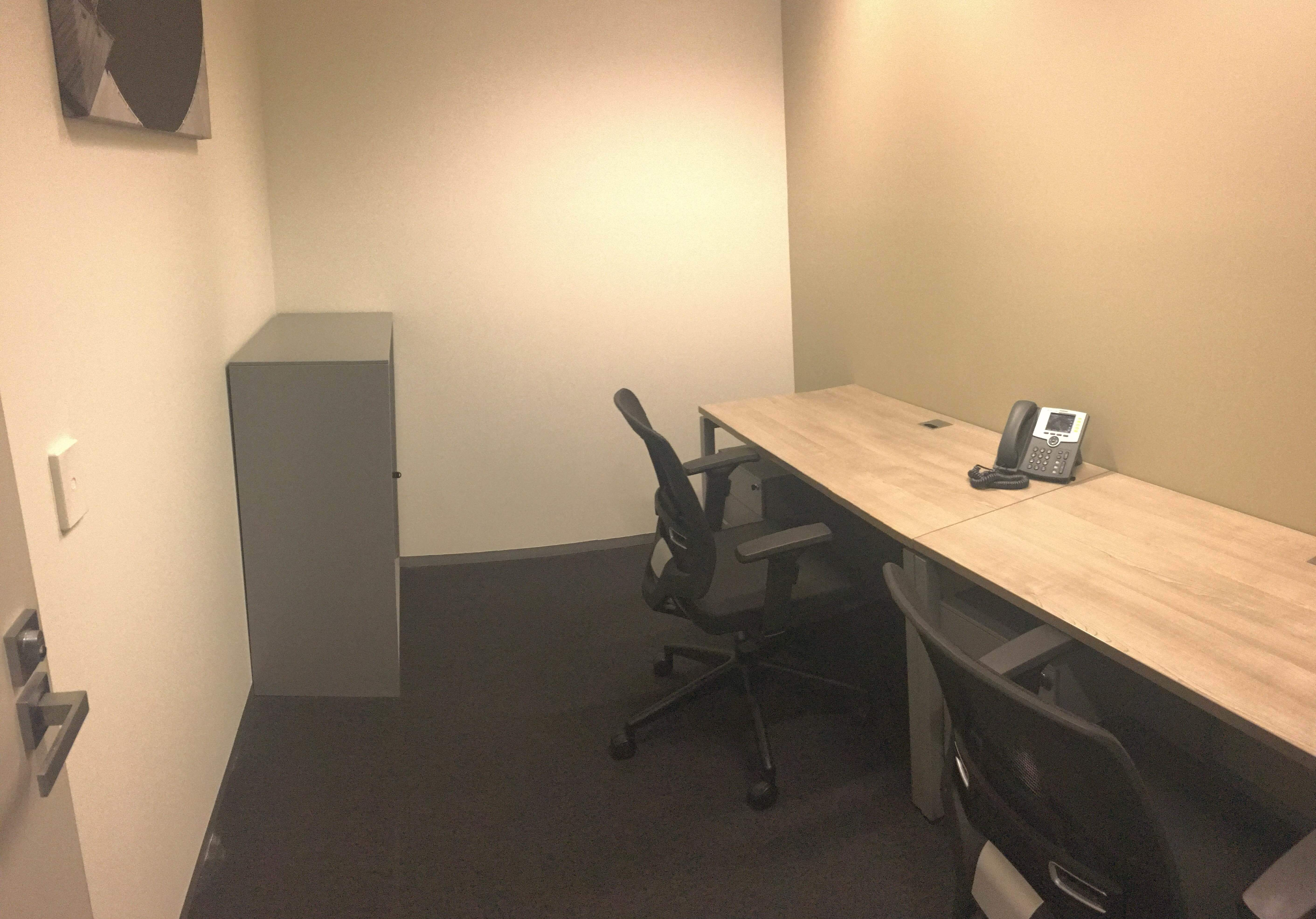 12 Square Metre Offices for people Melbourne Docklands –Transport Friendly– Prime Location – All Inclusive Cost