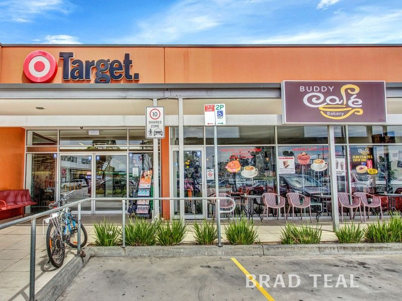 Freehold Investment Opportunity In Prime Location