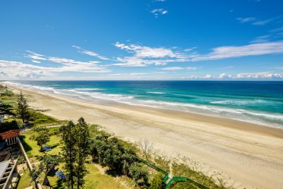 Absolute Beachfront 3 bedroom - Must be Sold