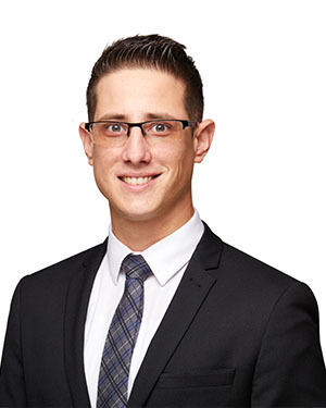 Dimitri Oikonomou Real Estate Agent