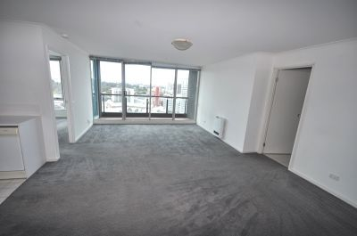Southbank Condos - One Bedroom, Inner City Chic Apartment - Don't Miss Out!