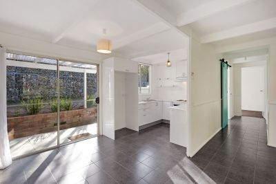 Renovated Duplex In The Heart Of Town