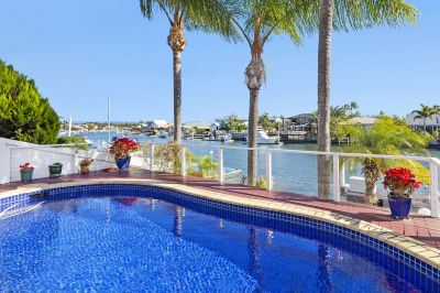 Award Winning Home - 19m* North Facing Waterfront