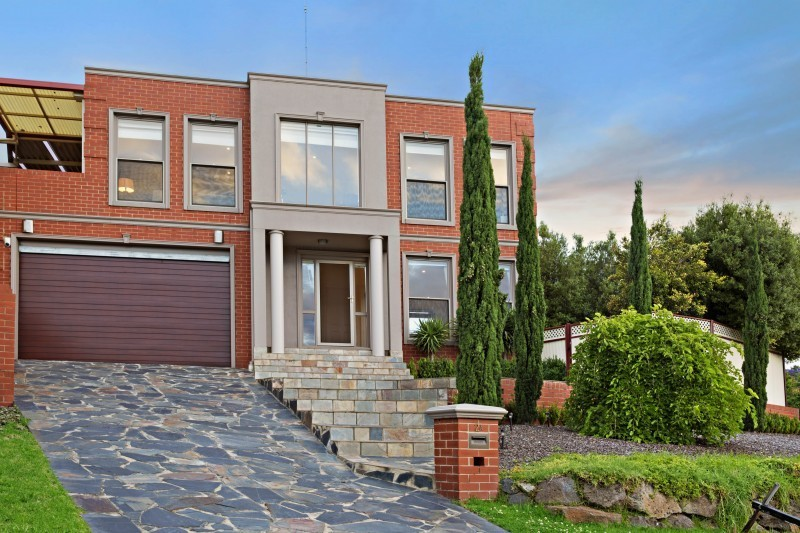 For Sale By Owner: 2A Michael Crt, Niddrie, VIC 3042