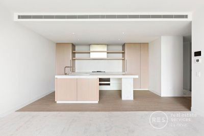 Effortless Elegance – brand new 2-bedroom apartment with park views