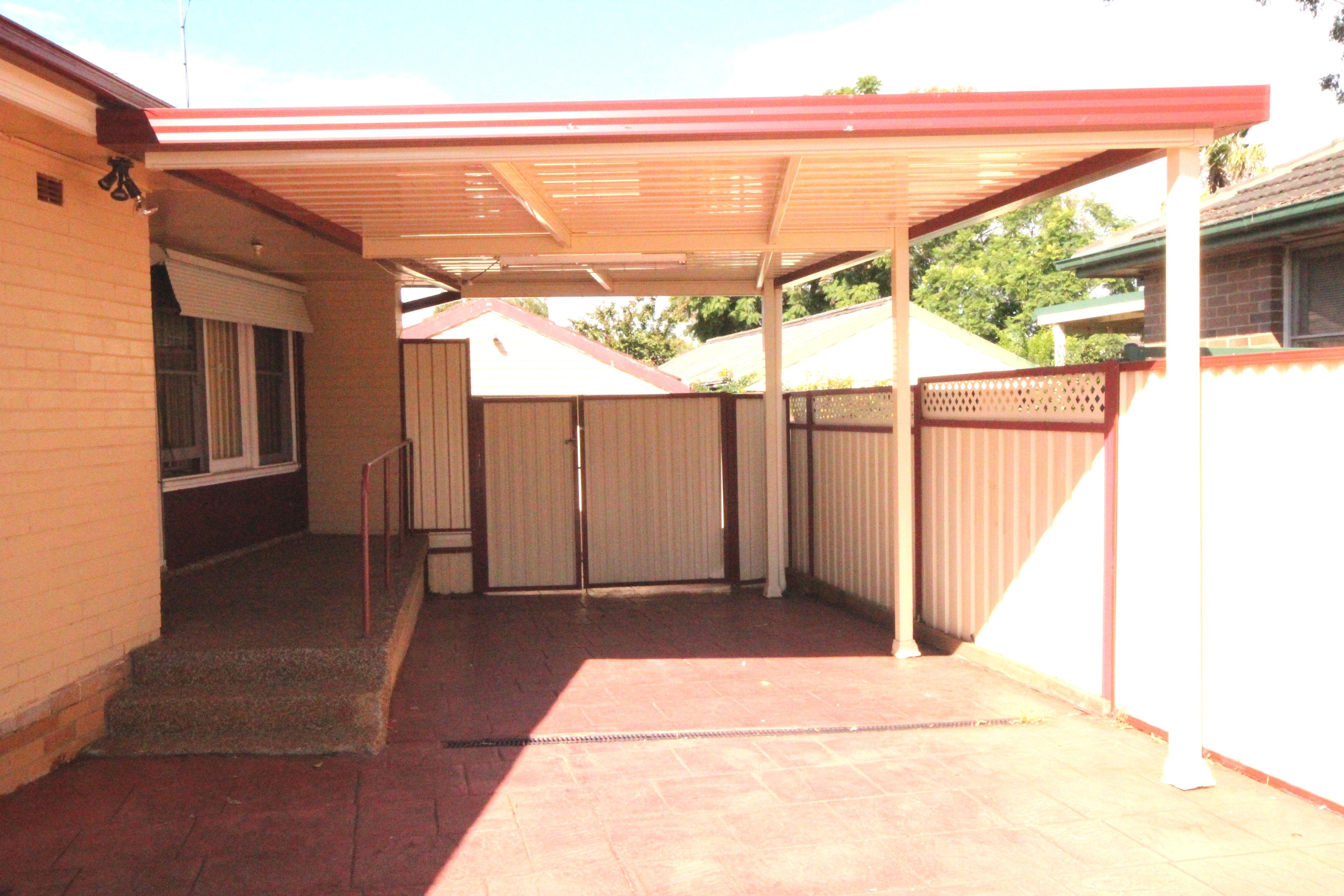 28 Insignia Street, Sadleir NSW 2168