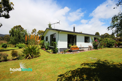 Close to Beach, Shops and much more!