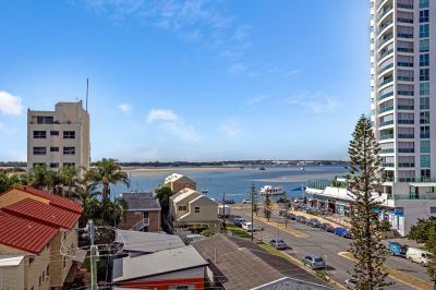 Broadwater Views & Cafe Culture Lifestyle
