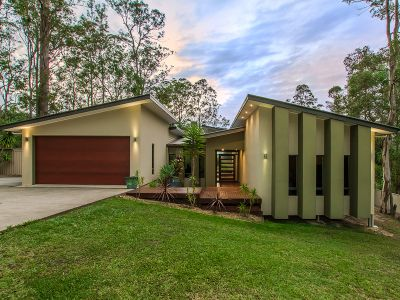 11 Lookout Place, Mount Nathan