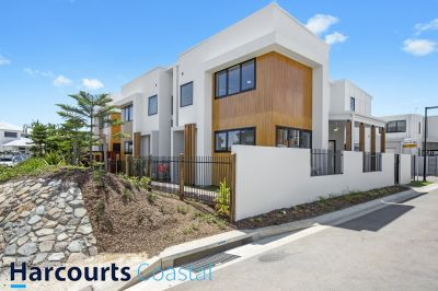 Stunning 3 Bedroom Townhouse in 'Northwater Terraces'
