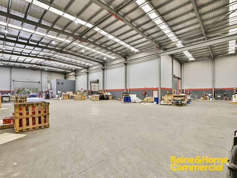 Freestanding High Clearance Factory & Office For Lease