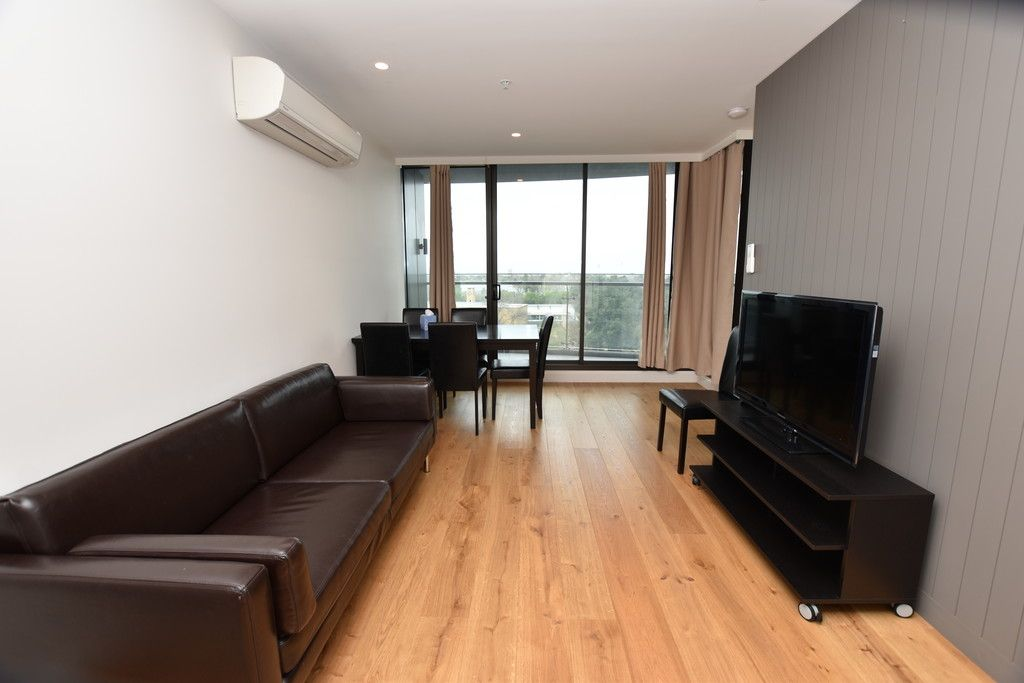 Furnished Two Bedroom Apartment with Stunning Views!