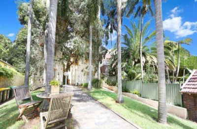 Fab unit close to beach just renovated