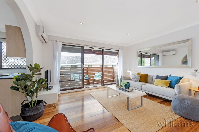 Top Floor Setting with Northerly District Views