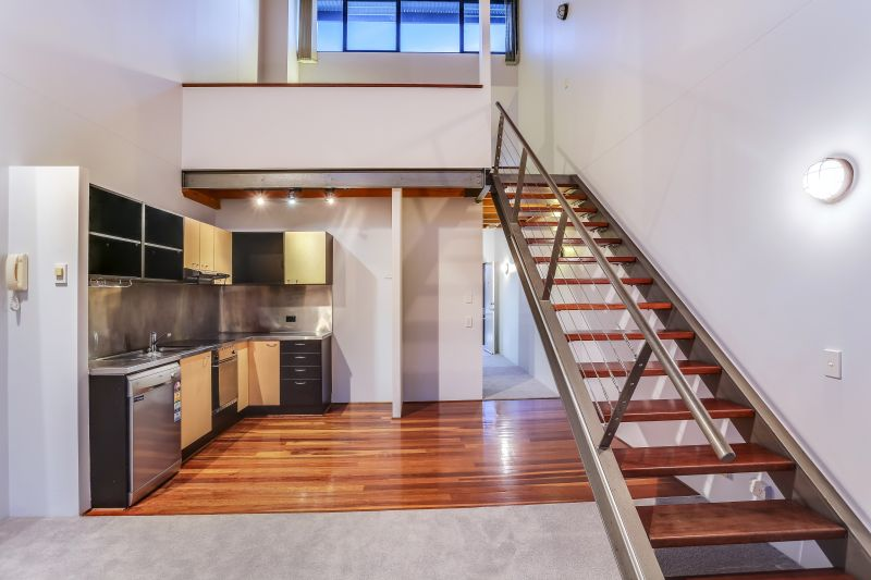Affordable Loft Living In Teneriffe>