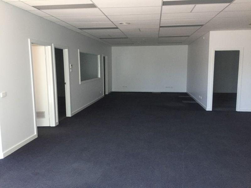 8 Meter High Warehouse/Office