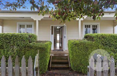 Charming 3 Bedroom Cottage? Live Here!