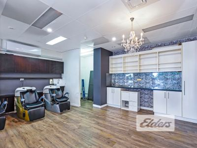 FULLY FITTED HAIRDRESSING SALON!