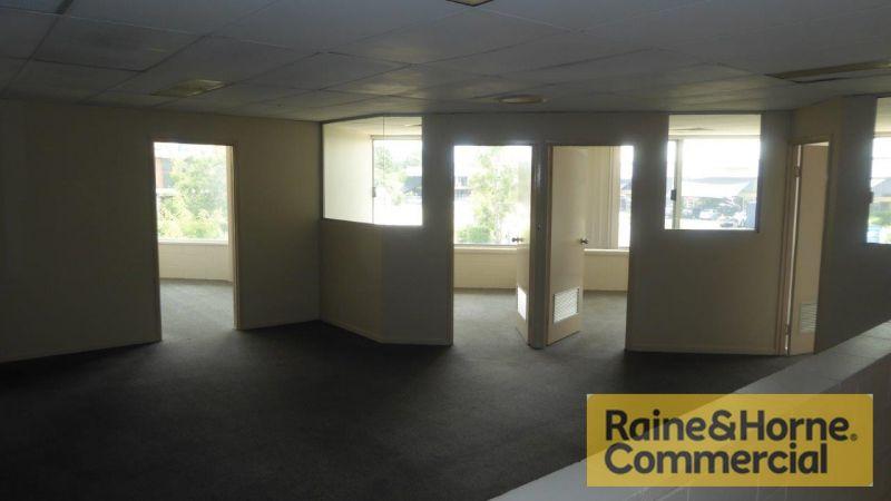 2 Roller Doors - 2 Level Office/Showroom - Too good!