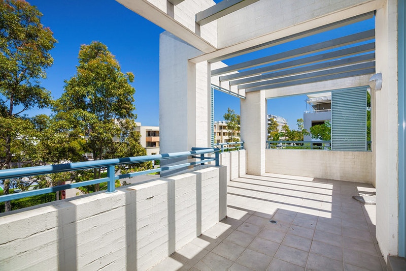 304/5 Stromboli Strait, Wentworth Point