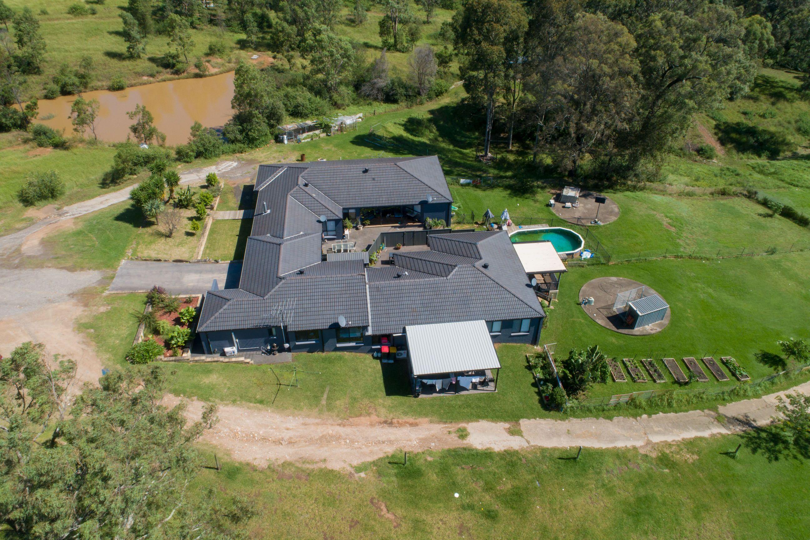 379 Bobs Range Road Orangeville 2570