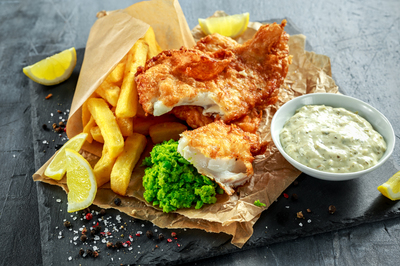 Tasty Fish and Chips in Sunshine – Ref:  18333