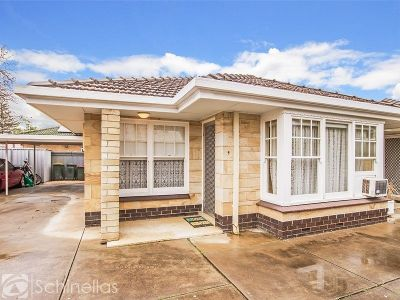 INVESTMENT OPPORTUNITY - EASY LIFESTYLE IN AN IDEAL LOCATION!