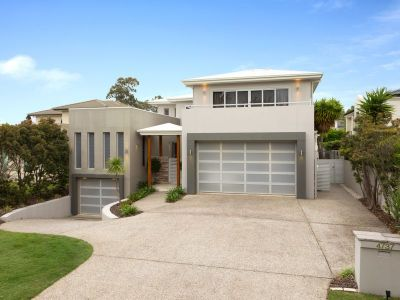 Stunning Home with Elevated Position on Prime 889m2 Allotment