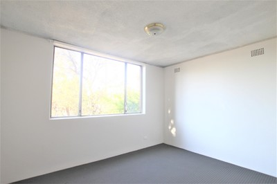Updated Two Bedroom Unit with Parking