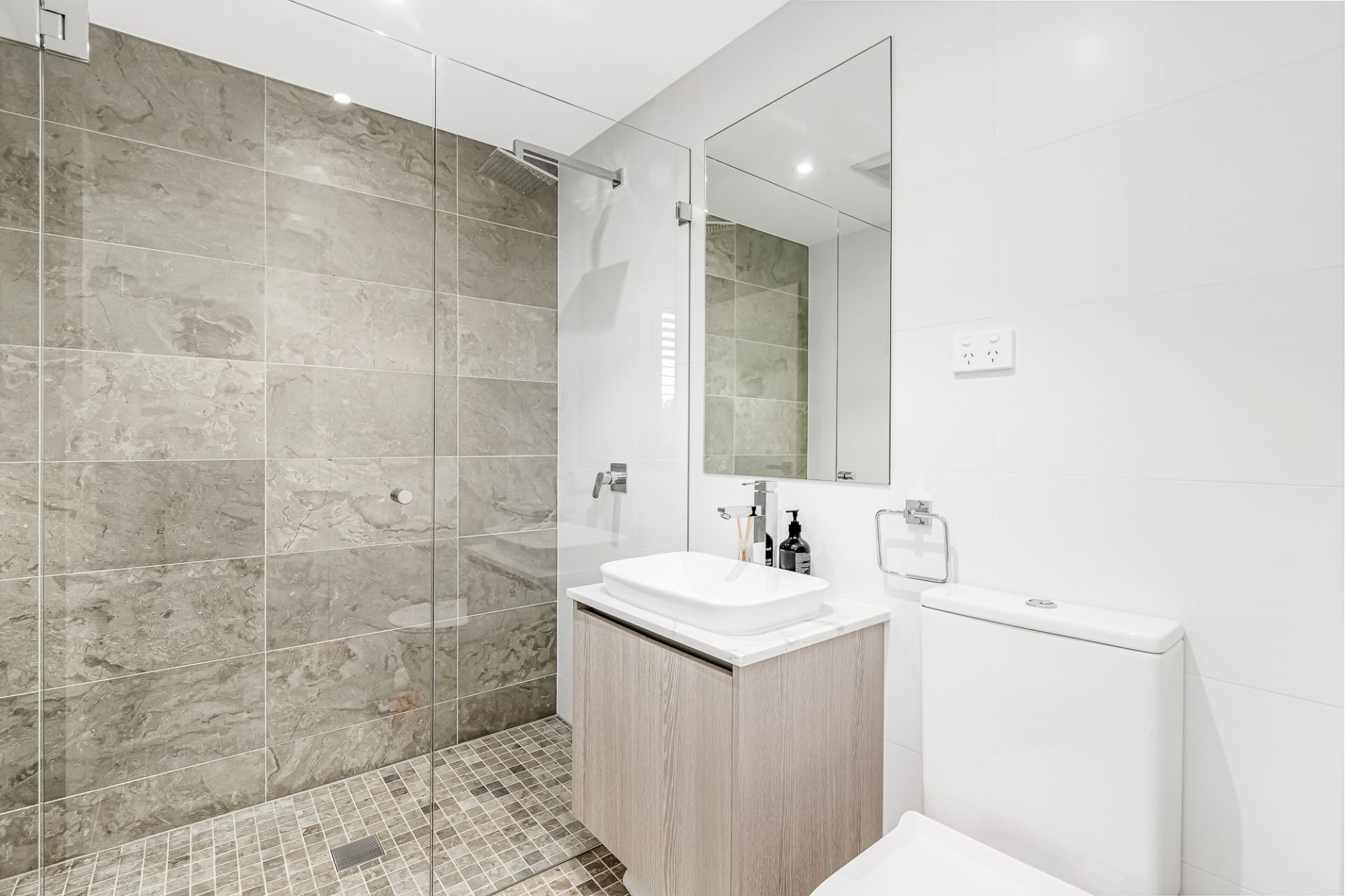 7/301 Alison Road, Coogee
