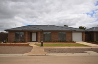 11 Wagner Court, Attwood