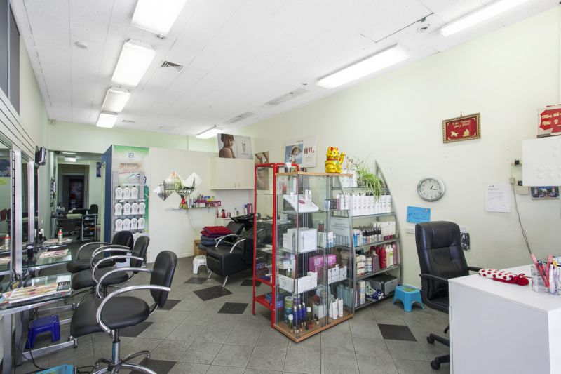 RETAIL/OFFICE OPPORTUNITY & NO GST
