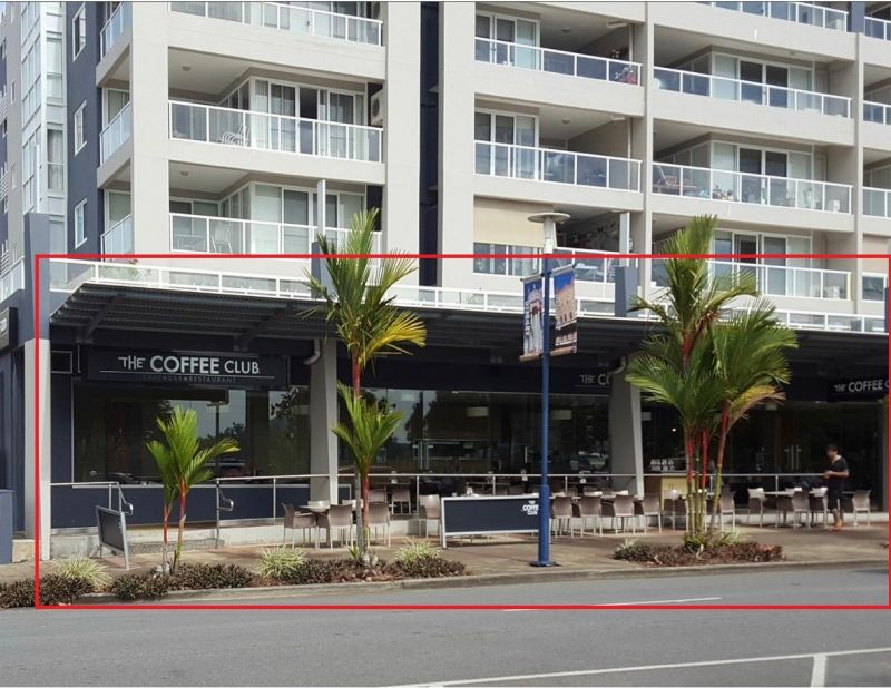 COMMERCIAL PROPERTY SET UP FOR CAFE OR RESTAURANT - PRIME LOCATION ON THE ESPLANADE