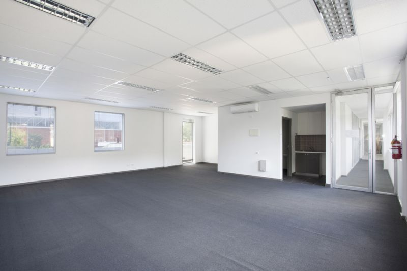 BOUTIQUE OFFICE IN PRAHRAN - VACANT POSSESSION
