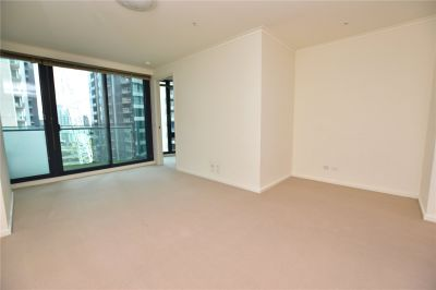 Southbank One: 16th Floor - Spacious Contemporary Retreat!