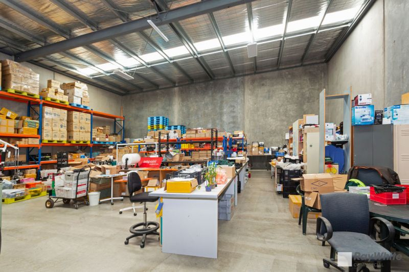 Modern Industrial Warehouse with Office
