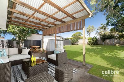 Gorgeous 3 bed Cottage, huge 610sqm block, large entertaining area + shed!