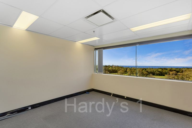 PROFESSIONAL COMMERCIAL SPACE - Just look at those views !