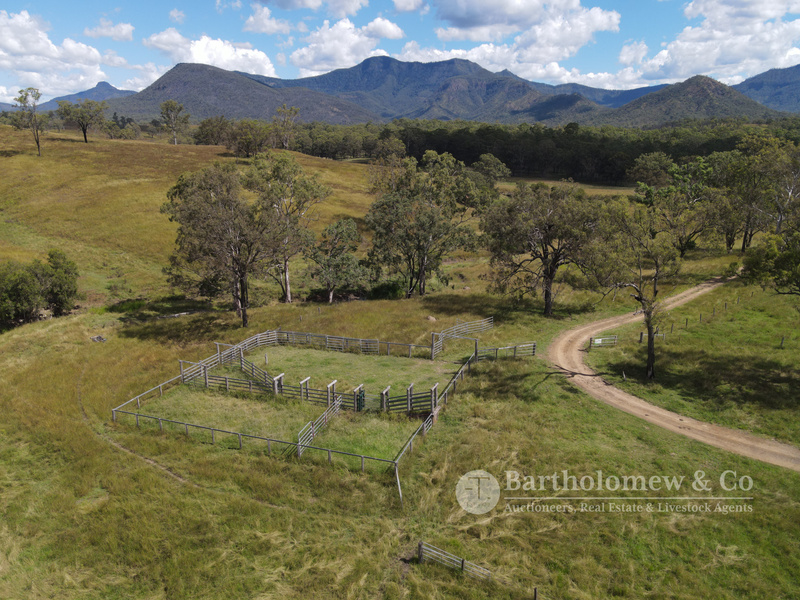 943 Acres / 5 Titles of Quality Grazing Country