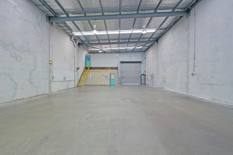 Functional Office/Warehouse